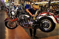 HARLEY DAVIDSON MOTORCYCLE ASSEMBLY LINE YORK PA Stock Photo - Premium Rights-Managednull, Code: 846-03164967