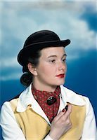 riding crop - 1940s 1950s PORTRAIT TEEN GIRL WEARING EQUESTRIAN OUTFIT DERBY HAT HOLDING RIDING CROP Stock Photo - Premium Rights-Managednull, Code: 846-03166375