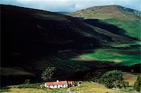 Co Wicklow, Lough Dan, Cottages Stock Photo - Premium Rights-Managednull, Code: 832-03232810