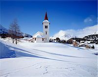 small town snow - Town church, Grindelwald, Switzerland Stock Photo - Premium Rights-Managednull, Code: 855-03255198