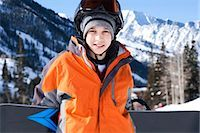 Male snowboarder Stock Photo - Premium Royalty-Freenull, Code: 640-03264191