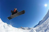 Teenager Snowboarding, Zugspitze, Bavaria, Germany Stock Photo - Premium Rights-Managednull, Code: 700-03298834