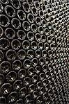 Lying down, arranged bottles of wine, bottom visible Stock Photo - Premium Royalty-Free, Artist: Garry Black, Code: 693-03304561