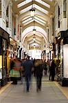 The Burlington Arcade is a pedestrian shopping arcade running from Piccadilly through to Burlington Gardens. Opened in 1819,it has always been an upmarket retail location and is now home to many jewelry and designer clothing stores. Stock Photo - Premium Rights-Managed, Artist: AWL Images, Code: 862-03353101