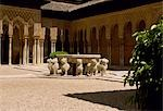 Detail of the arches and moorish influence in the Patio de los Leones in the The Palacio Nazaries of the Alhambra Stock Photo - Premium Rights-Managed, Artist: AWL Images, Code: 862-03354195