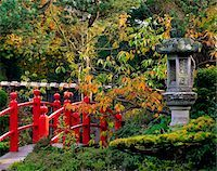 Red Bridge & Japanese Lantern, Autumn, Japanese Gardens, Co Kildare, Ireland Stock Photo - Premium Rights-Managednull, Code: 832-03358759