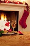 Tartlet, wine and card for Santa Stock Photo - Premium Royalty-Freenull, Code: 635-03373008