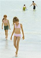 Kids playing on the beach Stock Photo - Premium Royalty-Freenull, Code: 695-03374014
