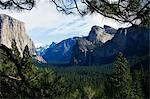 USA,California,Yosemite National Park. Granite walls of El Capitan and Half Dome peak in Yosemite Valley. Stock Photo - Premium Rights-Managed, Artist: AWL Images, Code: 862-03437436