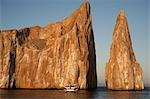 Boat at Kicker Rock near San Cristobal, Galapagos Islands, Ecuador Stock Photo - Premium Rights-Managed, Artist: Mark Downey, Code: 700-03445929