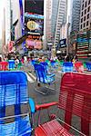 Garden chairs in the road for the public to sit in the pedestrian zone of Times Square, Manhattan, New York City, New York, United States of America, North America Stock Photo - Premium Rights-Managed, Artist: Robert Harding Images, Code: 841-03454407
