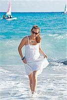 Woman at Beach, Playa del Carmen, Yucatan Peninsula, Mexico Stock Photo - Premium Royalty-Freenull, Code: 600-03456887