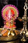 Diwali thali in front of an idol of lord Ganesha Stock Photo - Premium Royalty-Free, Artist: Minden Pictures, Code: 630-03482068