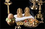 Diwali thali in front of idols of Lord Ganesha and Goddess Lakshmi Stock Photo - Premium Royalty-Free, Artist: Minden Pictures, Code: 630-03482077