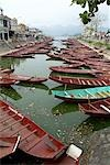 Vietnam, Hoa Binh, near Hanoi, Perfume mountain, boats Stock Photo - Premium Royalty-Freenull, Code: 610-03503984