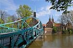 Bridge and Wroclaw Cathedral, Cathedral Island, Wroclaw, Dolnoslaskie Province, Poland Stock Photo - Premium Rights-Managed, Artist: Raimund Linke, Code: 700-03508183