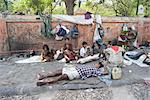 Street people sleeping rough in Jaipur, Rajasthan, India, Asia