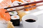Maki sushi & nigiri sushi with soy sauce & pickled ginger Stock Photo - Premium Royalty-Freenull, Code: 659-03530721