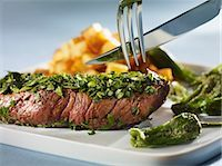 pimento - Steak coated in herbs with Pimientos de Padron Stock Photo - Premium Royalty-Freenull, Code: 659-03534024