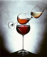 Still life with white wine, rosÈ wine & red wine in glasses Stock Photo - Premium Royalty-Freenull, Code: 659-03534633