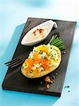 Baked potato with keta caviar and chives Stock Photo - Premium Royalty-Free, Artist: John Lee, Code: 659-03535389