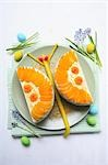 Apricot cake (butterfly) for Easter Stock Photo - Premium Royalty-Free, Artist: foodanddrinkphotos, Code: 659-03537121
