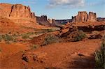 the organ and the 3 gossips, arches national park Stock Photo - Premium Royalty-Freenull, Code: 621-03570163