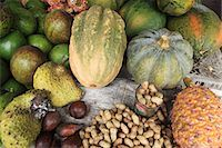 flores - Indonesian fruit, vegetables and nuts Stock Photo - Premium Royalty-Freenull, Code: 614-03576945