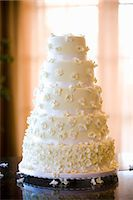 special moment - Wedding Cake Stock Photo - Premium Royalty-Freenull, Code: 600-03587094
