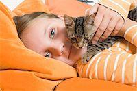 preteen girl pussy - Little Girl Holding Kitten, Dusseldorf, North Rhine-Westphalia, Germany Stock Photo - Premium Royalty-Freenull, Code: 600-03615853