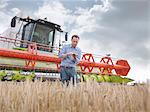 Farmer checking crop Stock Photo - Premium Royalty-Free, Artist: Greg Stott, Code: 649-03622423
