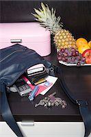 Handbag, Mail and Fruit Bowl Stock Photo - Premium Rights-Managednull, Code: 700-03622942