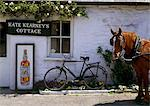 Kate Kearney's Cottage, Gap Of Dunloe, Killarney, Co Kerry, Ireland Stock Photo - Premium Rights-Managed, Artist: IIC, Code: 832-03639365