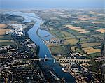 Drogheda, Co Louth, Ireland; Aerial View Of A Town And Estuary Of The River Boyne Stock Photo - Premium Rights-Managed, Artist: IIC, Code: 832-03639532