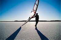 sports and sailing - Long-distance skating with sail Stock Photo - Premium Royalty-Freenull, Code: 698-03657293