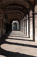 Portico of Fabbriche Nuove, Venice, Italy Stock Photo - Premium Royalty-Freenull, Code: 614-03684351