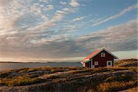 Red wooden hut on coast, Bohuslaen, Sweden Stock Photo - Premium Rights-Managednull, Code: 700-03685783