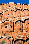 Hawa Mahal; or Palace of the Wind in the middle of Johari Bazaar and part of the zenana palace (women's quarters) designed by Lalchand Usta in 1799. Jaipur; Rajasthan; India. Stock Photo - Premium Rights-Managed, Artist: AWL Images, Code: 862-03711971