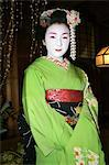 Maiko performing geisha entertainment at kaiseki restaurant Stock Photo - Premium Rights-Managed, Artist: AWL Images, Code: 862-03712450