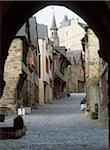 Cobblestone street under archway at Dinan Rue Du Jerzual Stock Photo - Premium Rights-Managed, Artist: IIC, Code: 832-03725042