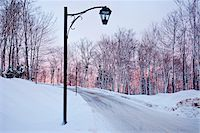 Street view in winter, Quebec, Canada Stock Photo - Premium Rights-Managednull, Code: 862-03807333