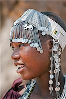A Maasai girl from the Kisongo clan wearing an attractive beaded headband. Stock Photo - Premium Rights-Managednull, Code: 862-03808716