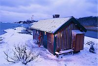 A cottage on an island in winter, Angskar, Stockholm archipelago, Sweden. Stock Photo - Premium Royalty-Freenull, Code: 6102-03827783
