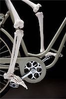 foot model - A skeleton on a bicycle, low section Stock Photo - Premium Royalty-Freenull, Code: 653-03843134