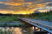 streams scenic nobody - Sunset over Jack Creek off the Nabesna Road in Wangell St. Ellias National Park, Southcentral Alaska, Summer Stock Photo - Premium Rights-Managednull, Code: 854-03845548