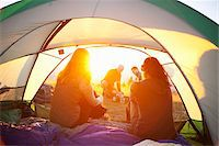 Friends Camping, Hood River, Oregon, USA Stock Photo - Premium Royalty-Freenull, Code: 600-03865224