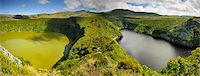 flores - Crater lakes, Caldeira Comprida & Caldeira Funda. Flores, Azores islands, Portugal Stock Photo - Premium Rights-Managednull, Code: 862-03889287