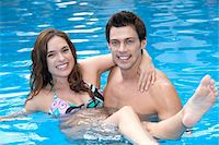 Couple in Pool, Reef Playacar Resort and Spa, Playa del Carmen, Mexico Stock Photo - Premium Royalty-Freenull, Code: 600-03891037
