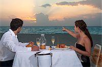 Couple Dining on Beach, Reef Playacar Resort and Spa, Playa del Carmen, Mexico Stock Photo - Premium Royalty-Freenull, Code: 600-03891052