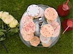 Cupcakes/ picnic celebration Stock Photo - Premium Rights-Managed, Artist: foodanddrinkphotos, Code: 824-03901524